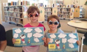 2 patrons with snoopy scavenger hunts