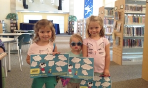 3 patrons with snoopy scavenger hunts