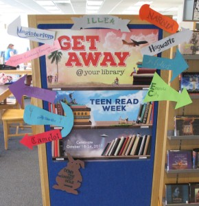 Teen Reads Week Bulletin Board 003